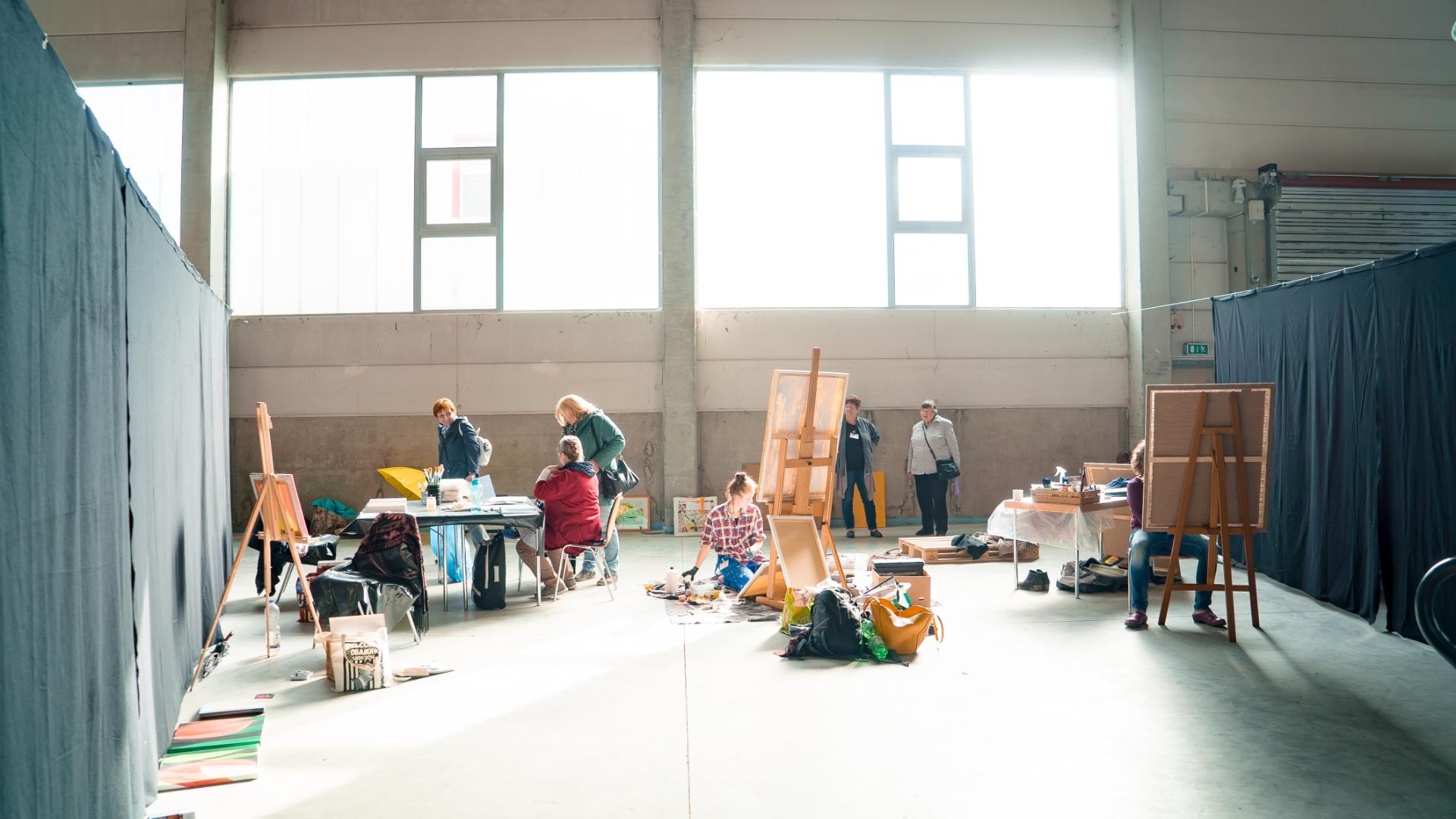 Blick ins offene Atelier beim OM-Kunstforum