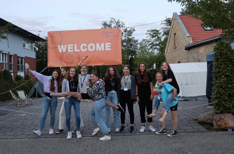 In 17 deutschen Gemeinden, z. B. in der Braunschweiger Friedenskirche, fand TeenStreet 2021 statt