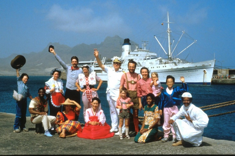 International crew in front of the DOULOS - West Africa - Apr 1986 - Susanna Burton